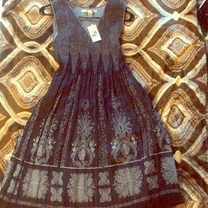 Elegant Max Studio Halter Dress